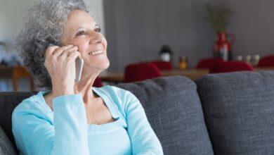 Photo of Nace «Una voz amiga» para los mayores de 60 años que viven en soledad este confinamiento