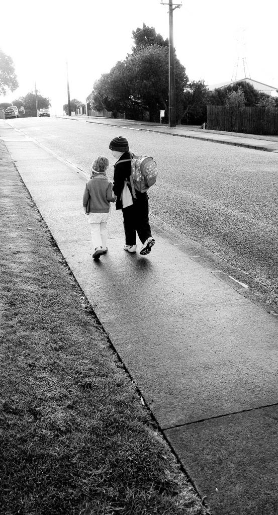Consejos para que los niños vayan seguros al colegio