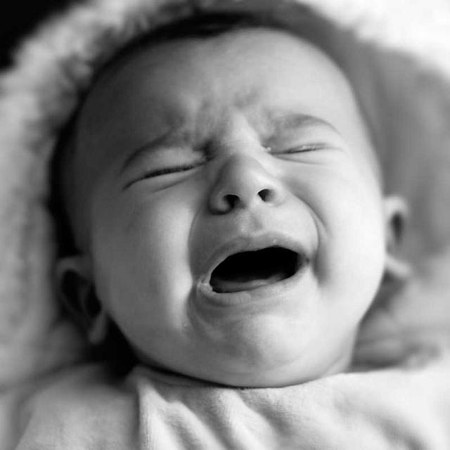 Los bebés británicos, canadienses e italianos son los que más lloran