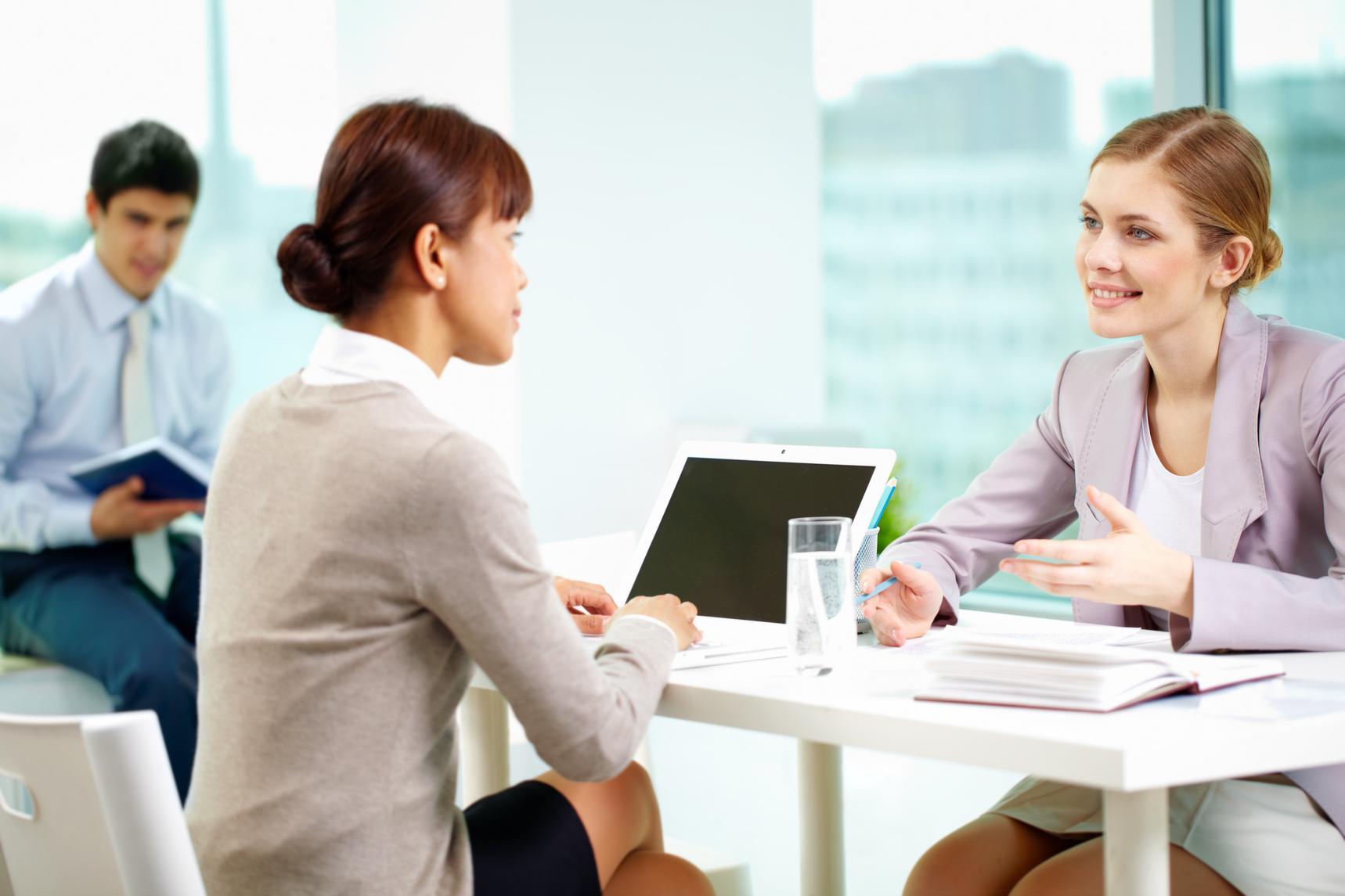 ¿Quieres tener hijos? y otras preguntas con las que las empresas discriminan a las mujeres